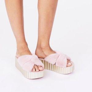 Tory Burch Scallop Faux-Fur Sandals